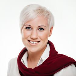 Floriani Apotheke Desiree Knittelfelder Drogistin