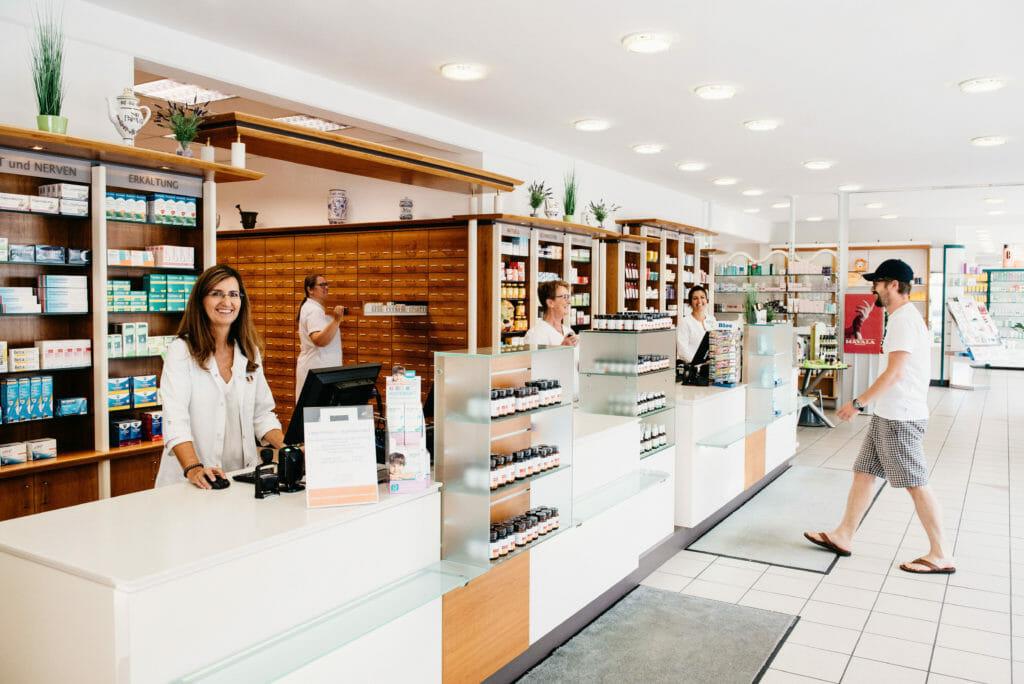 Floriani Apotheke Drogerie Parfumerie Strassgang Graz
